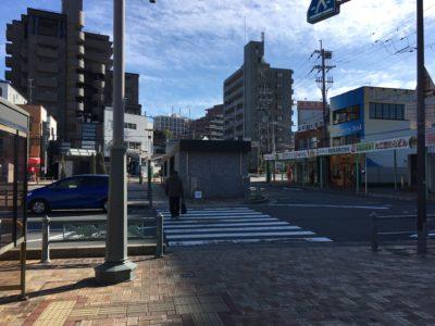 枚方公園駅前横断歩道